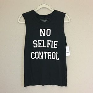 NWT Oversized No Selfie Control Muscle Tee  SZ Med